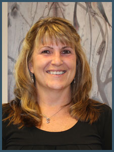 lisa-dr-feldstein-lebanon-nh-dentist-226x300